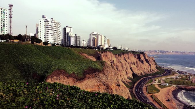 Lima Miraflores Steilküste