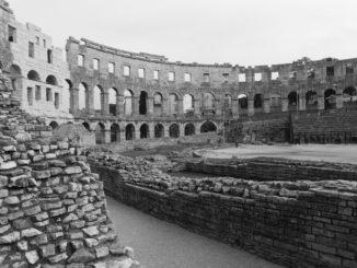Das Amphitheater ist die schönste Sehenswürdigkeit von Pula
