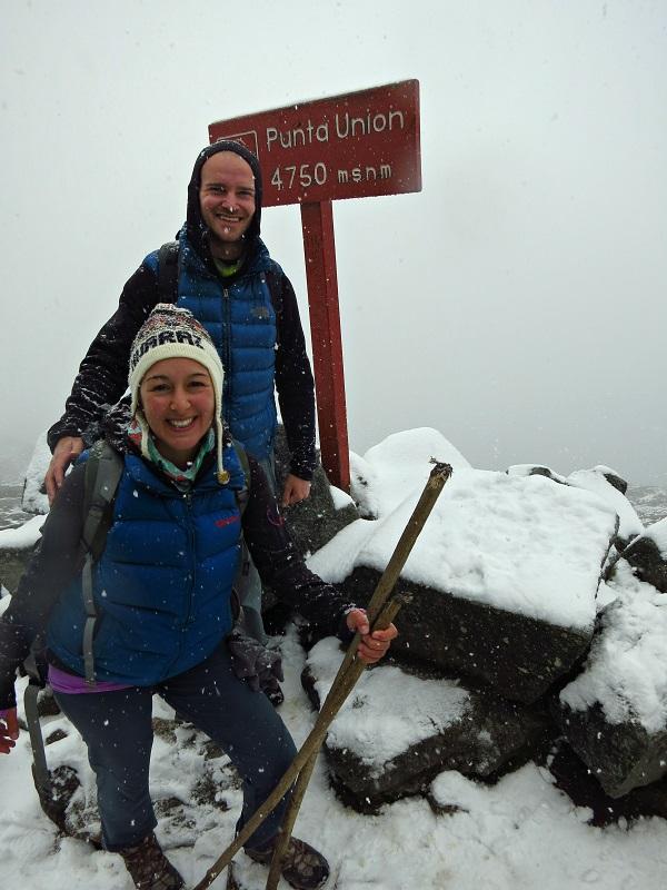 trekking in peru santa cruz trek huaraz punta union pass