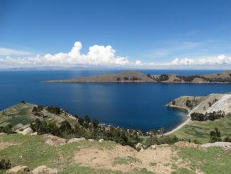 Der Titicacasee ist eines der schönsten Reiseziele in Peru und Bolivien.