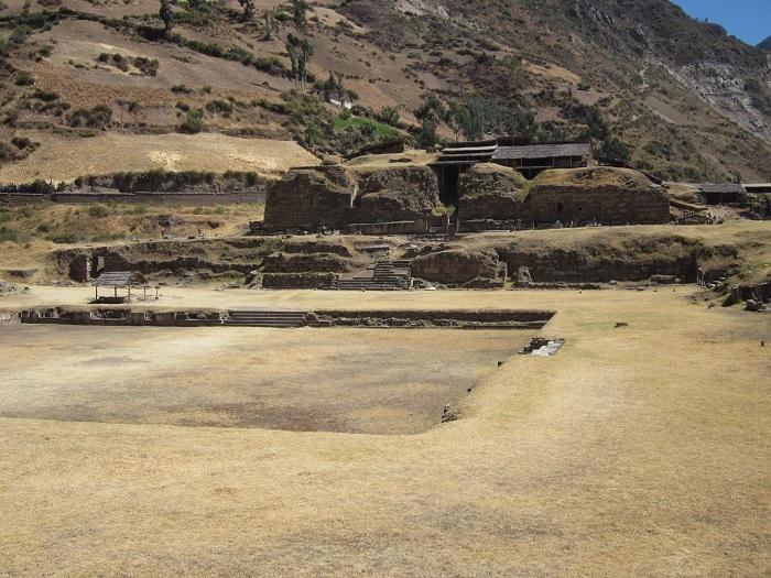 chavin de huantar peru neuer tempel hauptplatz