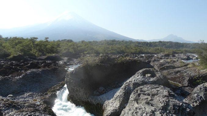 Vicente Perez Rosales Saltos de Petrohue Vulkan Osorno