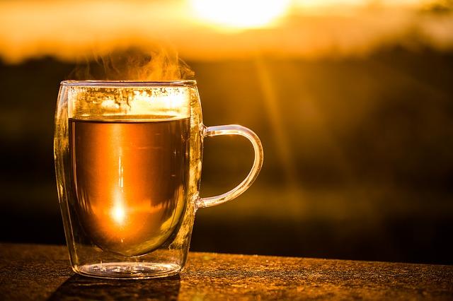 """Manchmal heißt es einfach """"abwarten und Tee trinken""""."""