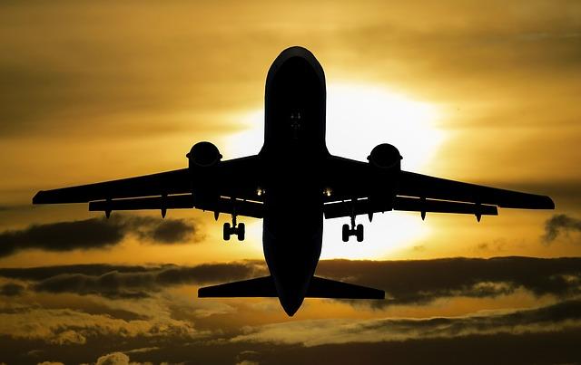 CO2 ausgleich fliegen flugzeug atmosfair