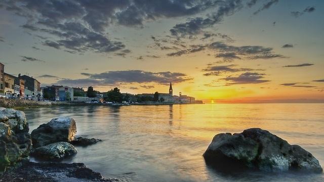 schöne städte in kroatien am meer porec