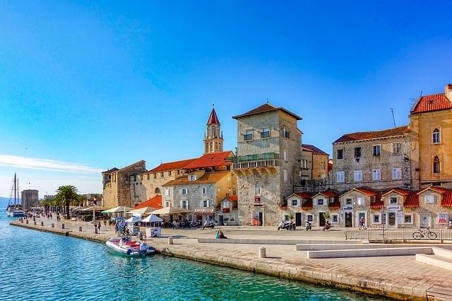 schöne städte in kroatien trogir