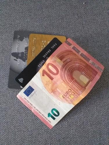 städtetrip packliste kreditkarten